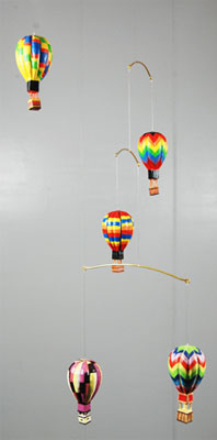 Wooden Hot Air Balloon Mobile With 5 Hot Air Balloons